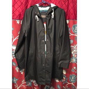 New Pendleton Large Astoria Rain Jacket
